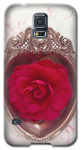 Silver Heart - Red Camellia Galaxy S5 Case