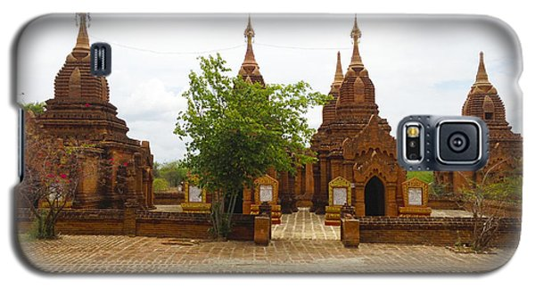 Galaxy S5 Case featuring the photograph Smaller Temples Next To Dhammayazika Pagoda Built In 1196 By King Narapatisithu Bagan Burma by Ralph A  Ledergerber-Photography