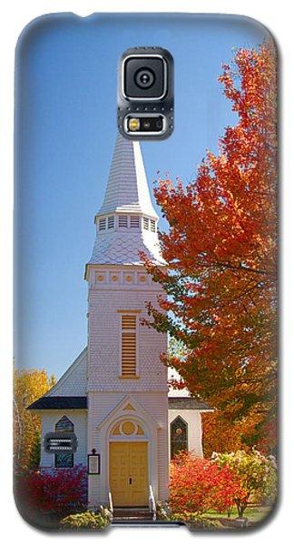 St Matthew's In Autumn Splendor Galaxy S5 Case by Jeff Folger