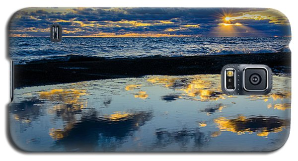 Sunrise Lake Michigan September 14th 2013 006 Galaxy S5 Case by Michael  Bennett