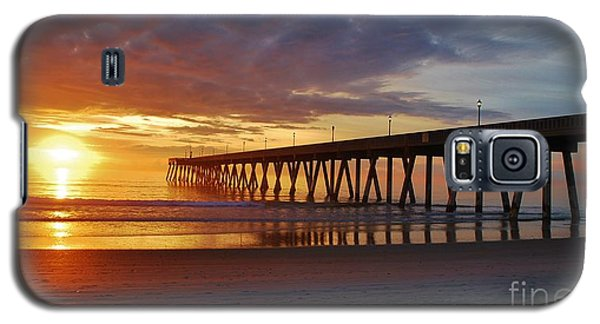 Sunrise Panorama  16x9 Ratio Galaxy S5 Case by Bob Sample