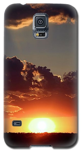 Galaxy S5 Case featuring the photograph Sunset by Elizabeth Budd