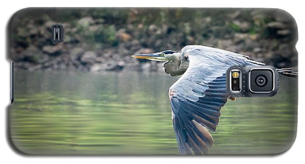 Galaxy S5 Case featuring the photograph The Glide by Annette Hugen