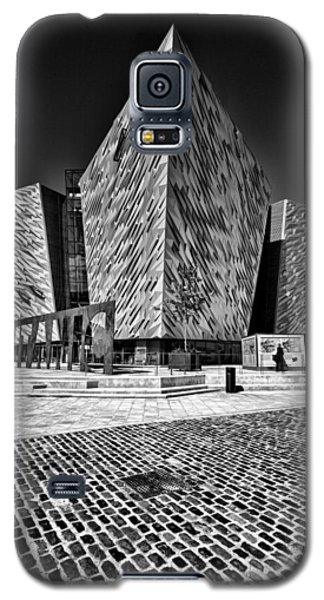 Titanic Signature Building Galaxy S5 Case