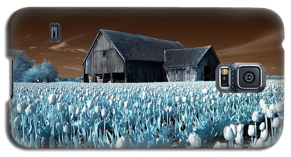 Galaxy S5 Case featuring the photograph Tulip Barn by Rebecca Parker