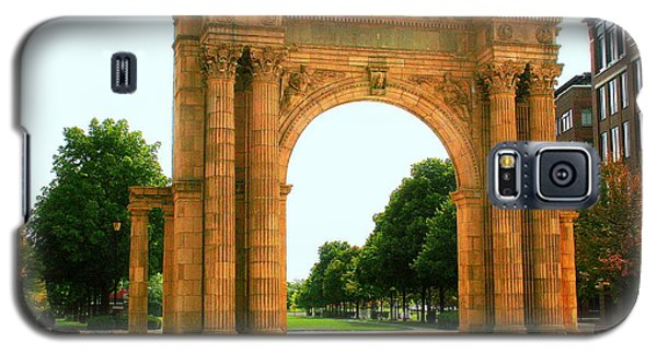 Union Station Arch Galaxy S5 Case by Laurel Talabere