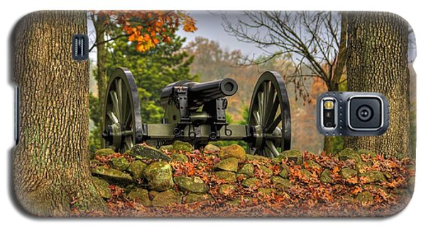 Galaxy S5 Case featuring the photograph War Thunder - The Charlotte North Carolina Artillery Grahams Battery West Confederate Ave Gettysburg by Michael Mazaika