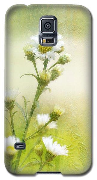 Wild Flowers Galaxy S5 Case by Joan Bertucci
