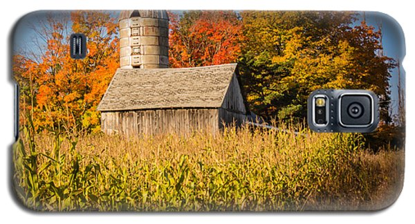 Wildwood Farm In Fall Galaxy S5 Case