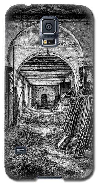 Abandoned Villa Galaxy S5 Case