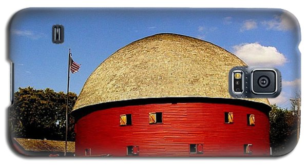Galaxy S5 Case featuring the photograph 100 Year Old Round Red Barn  by Janette Boyd