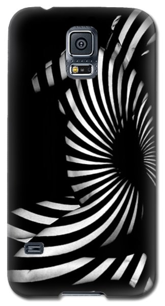 1055  Experimental Abstract Nude Art Galaxy S5 Case by Chris Maher