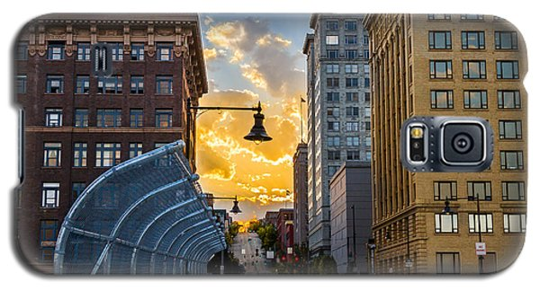 Galaxy S5 Case featuring the photograph 11th St Bridge Sunset 4 by Rob Green