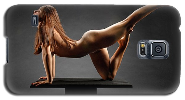1226 Woman Nude On Platform Galaxy S5 Case