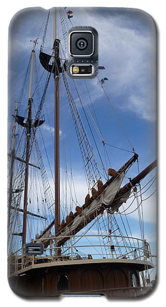 1812 Tall Ships Peacemaker Galaxy S5 Case by Lingfai Leung