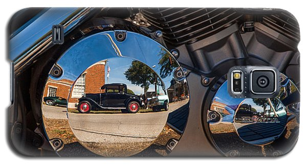 1930 Ford Reflected In 2005 Honda Vtx Galaxy S5 Case