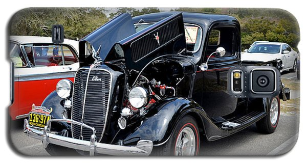 Galaxy S5 Case featuring the photograph 1937 Ford Pick Up by Kathy Baccari