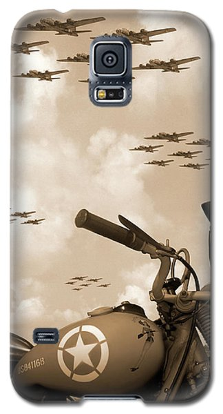 Galaxy S5 Case featuring the photograph 1942 Indian 841 - B-17 Flying Fortress' by Mike McGlothlen