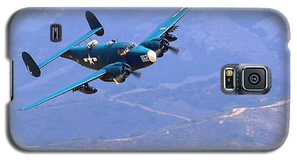 1944 Lockheed Pv-2 Harpoon Pays A Visit At The Salinas Air Show Galaxy S5 Case