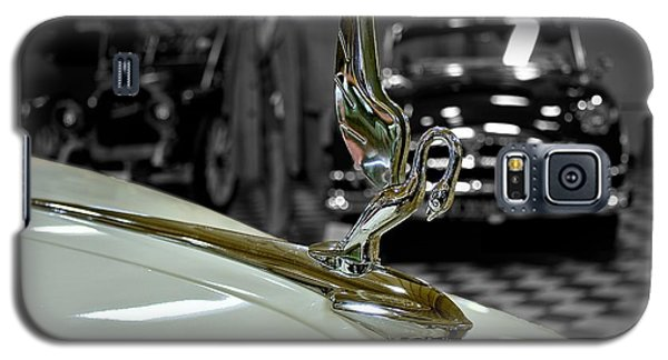 1947 Packard Hood Ornimate Galaxy S5 Case by Michael Gordon