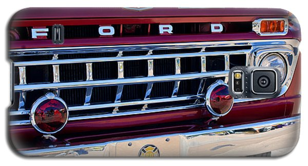 1965 Ford American Lafrance Fire Truck Galaxy S5 Case by Jill Reger