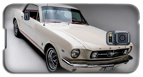 Galaxy S5 Case featuring the photograph 1966 Gt Mustang by Gianfranco Weiss