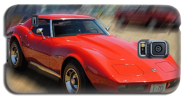 Galaxy S5 Case featuring the photograph 1973 Corvette by B Wayne Mullins
