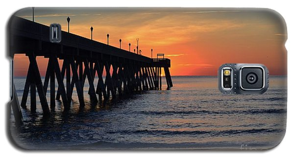 1st Sunrise Of 2015 - 4 Galaxy S5 Case by Bob Sample