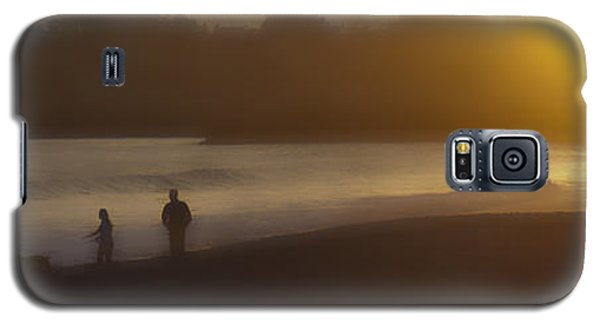 A Walk On The Beach Galaxy S5 Case