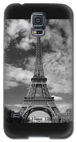 Architectural Standout Bw Galaxy S5 Case by Ann Horn