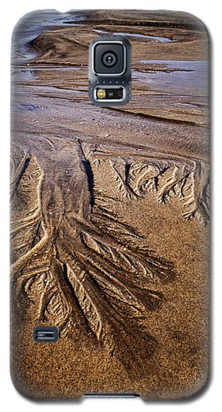 Galaxy S5 Case featuring the photograph Artwork Of The Tides by Gary Slawsky