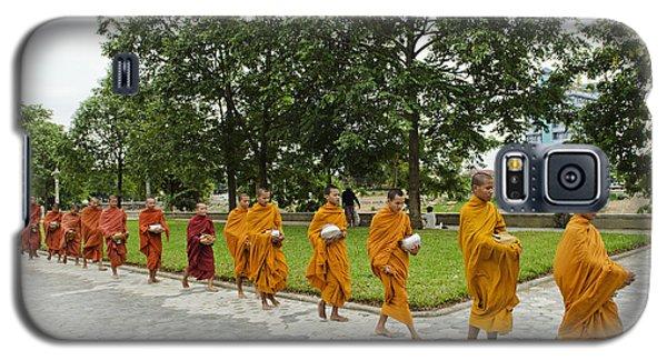 Buddhist Monks In Battambang Cambodia Galaxy S5 Case