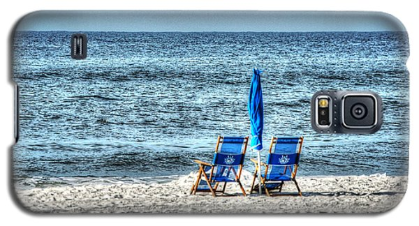 2 Chairs And Umbrella Galaxy S5 Case by Michael Thomas