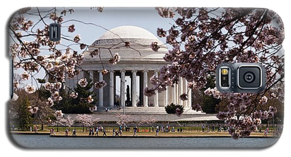 Cherry Blossom Trees In The Tidal Basin Galaxy S5 Case by Panoramic Images