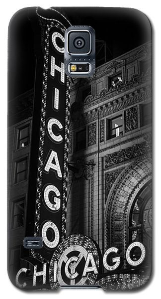 Chicago Theatre Sign In Black And White Galaxy S5 Case