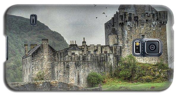 Eilean Donan Castle Galaxy S5 Case by Juli Scalzi