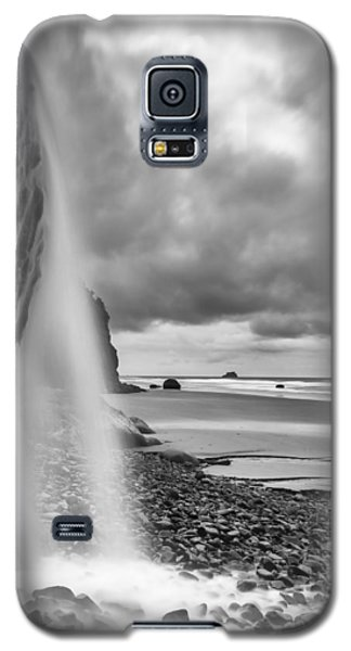 Falling Into The Sea Galaxy S5 Case