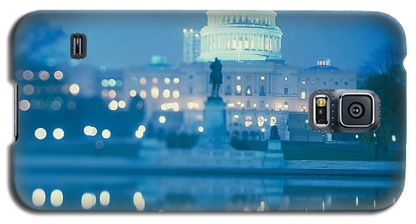 Government Building Lit Up At Night Galaxy S5 Case by Panoramic Images