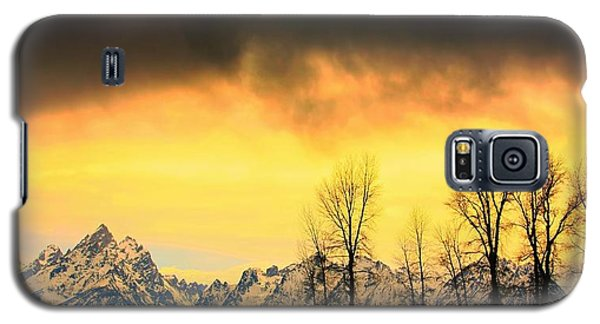 Galaxy S5 Case featuring the photograph Grand Tetons Wyoming by Amanda Stadther