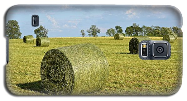 Hay Bales In Spring Galaxy S5 Case