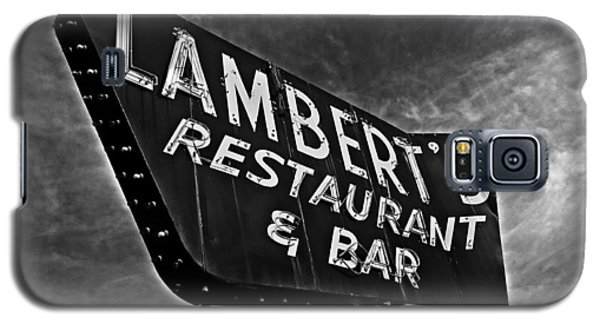 Galaxy S5 Case featuring the photograph Lambert's Restaurant And Bar by Andy Crawford