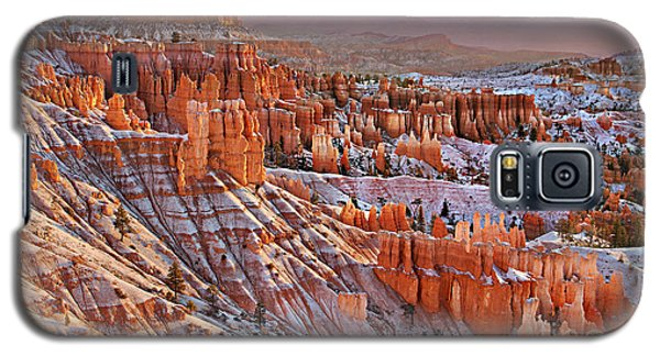 Galaxy S5 Case featuring the photograph Morning Snow At Bryce by Roman Kurywczak