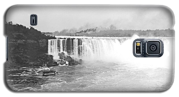 Galaxy S5 Case featuring the photograph Niagara Falls Ferry Boat 1904 Vintage Photograph by A Gurmankin