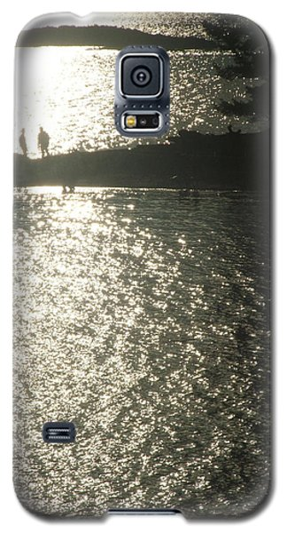 2 At The Beach Galaxy S5 Case by Mark Alan Perry