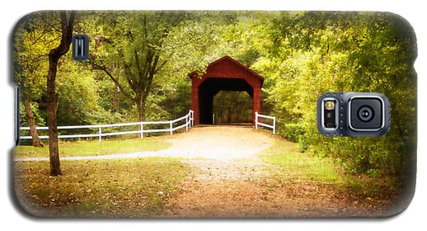 Galaxy S5 Case featuring the photograph Sandy Creek Covered Bridge by Julie Clements
