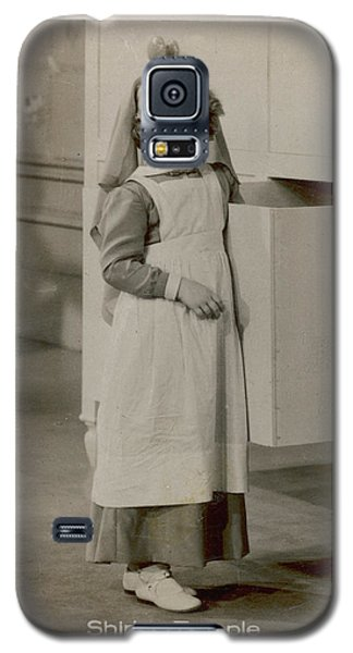 Shirley Temple Galaxy S5 Case - Shirley Temple  (1928 -2014), American by Mary Evans Picture Library