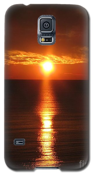Galaxy S5 Case featuring the photograph Sky On Fire by Christiane Schulze Art And Photography