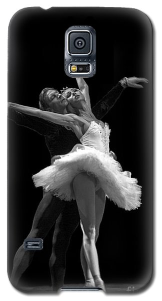 Swan Lake  White Adagio  Russia 3 Galaxy S5 Case by Clare Bambers