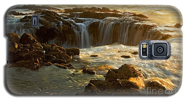 Thor's Well Galaxy S5 Case by Nick  Boren