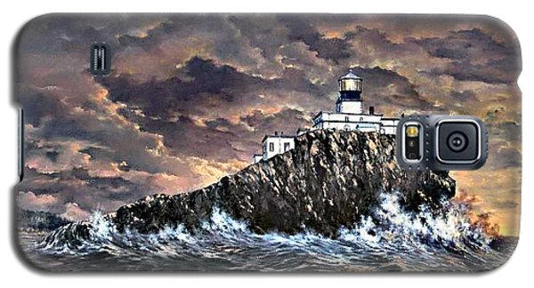 Galaxy S5 Case featuring the painting Tillamook Rock Light by Lynne Wright